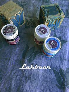 An elderberry adventure to dye for Handmade Stamps, Fabric Painting, Stencils, Diy Crafts, Adventure, Painting On Fabric, Make Your Own, Homemade, Templates