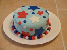 Star Cake Was short on time, so covered in fondant and cut out fondant stars. Quick and easy, but they liked it at the pitch-in anyway! 4th Of July Cake, Fourth Of July, Star Cakes, Fondant, Light Blue, Birthday Cake, Desserts, Easy, Summer