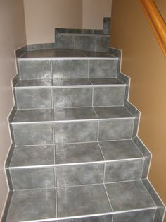 Tiling Staircases   Nice Edging On Tile Stairs