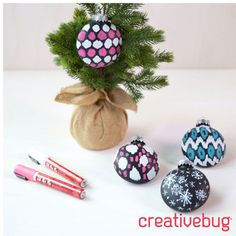 These festive ikat Chalkboard Ornaments ornaments make perfect gifts for friends and coworkers. Craft some extras for your own tree.