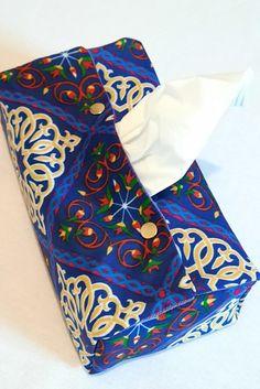 Tissu égyptien. Tissu ethnique. Tissu Khayameya Decoration, Facial Tissue, Purple Fabric, Slipcovers, Fabrics, Decor, Decorations, Decorating, Dekoration
