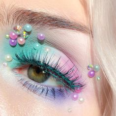 Style Inspiration: Pearl Fever Around Us – Lupsona