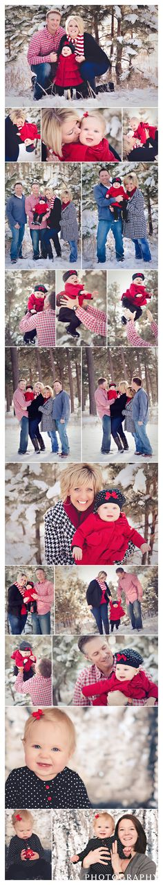 winter family portraits in the snow Christmas card photo ideas