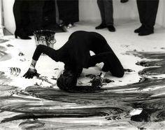"Janine Antoni, Loving Care | 1992-96 | ""Dance/Draw"" | The Institute of Contemporary Art, Boston"