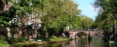 #Utrecht is een populaire bestemming voor een stedentrip. En wat is er dan leuker om 's avonds laat weg te dommelen en weer wakker te worden in een authentieke Werfkelder? Het kan in B&B Oudegracht. #origineelovernachten #reizen #origineel #overnachten #slapen #vakantie #opreis #travel #uniek #bijzonder #slapen #hotel #bedandbreakfast #hostel #camping #stad