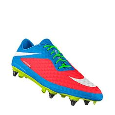 Hypervenom cleats, these are to die for! Football Gear, Football Cleats, Football Boots, Cool Nikes, Soccer Boots, Boys Life, Nike Co, Custom Shoes, Neymar