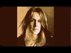 TODD RUNDGREN • I Saw The Light • 1972 - YouTube
