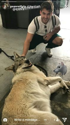 How is that wolf petting another wolf Teen Wolf Mtv, Teen Wolf Funny, Teen Wolf Boys, Teen Wolf Dylan, Teen Wolf Cast, Cody Christian, Theo Raeken, Beautiful Men Faces, Sterek