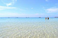 Great colors for great view!  Discover Sardinia: http://luxuryholidaysinsardinia.com/case-vacanza-in-sardegna/migliori-case-vacanze.html  #sardinia #sea #iloveit