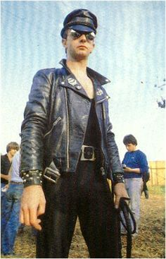 Rob Halford, 1980 Monsters Of Rock Rock And Roll Bands, Rock Roll, Rob Halford, Glam Metal, Heavy Rock, Walter White, Judas Priest, Band Photos, Jack White