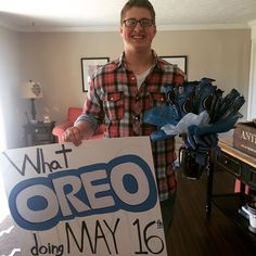 OREO prom proposal - Hairstyles For All Cute Homecoming Proposals, Hoco Proposals, Homecoming Signs, High School Dance, School Dances, Prom Dance, Prom Posals, Homecoming Hair, Homecoming Dresses
