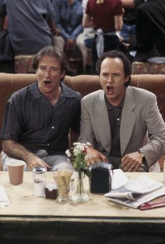 Still of Robin Williams and Billy Crystal in Friends (1994)