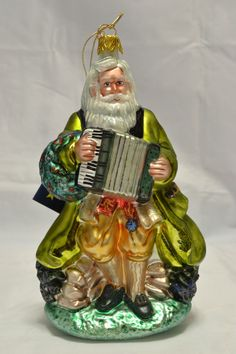 "Pipka Irish Santa  ""St. Nicholas"" Christmas Ornament 116/600 Patrick's Day NR Christmas In Ireland, Irish Christmas, Christmas Decorations, Christmas Ornaments, Holiday Decor, Santa, Ebay, Shopping, Christmas Baubles"