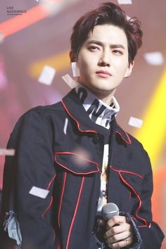 Suho my love.why so handsome. Kai, Baekhyun Chanyeol, Kpop Exo, 2ne1, Btob, K Pop, Kim Joon Myeon, Kim Jong Dae, Exo Korean
