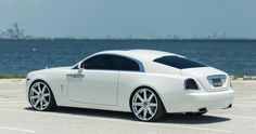 Image from http://www.motorward.com/wp-content/images/2014/09/Wraith-Vellano-0.jpg.