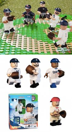 Baseball player minifigurines & field. A great toy for avid fans and sports card collectors,