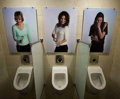 入ると男性諸君の自尊心が損なわれそうなトイレ - GIGAZINE