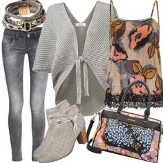Rick Cardona By Heine Samttop Outfit für Damen zum Nachshoppen auf Stylaholic #outfits #styleinspiration #outfitideas #look #lookoftheday #fashion #trending #style #clothing  #mode #damenmode #bekleidung #stylaholic #outfit #sexy #elegant #casual #fashion
