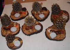 Αποτέλεσμα εικόνας για χριστουγεννιατικες κατασκευες με κουκουναρια