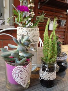 How to recycle glass jars into little pots for succulent plants - How to decor jars with laces