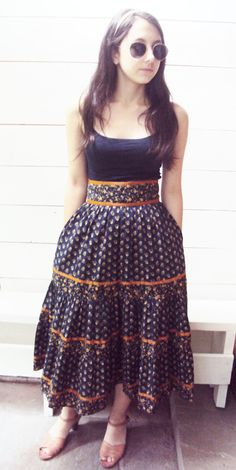 Vintage Navy Prairie Tiny Florals Gunne Sax by wayfarervintage Ribbon Skirts, Gunne Sax, Modern Traditional, Hippie Style, Beautiful Outfits, Style Me, High Waisted Skirt, Shabby Chic, Dress Up