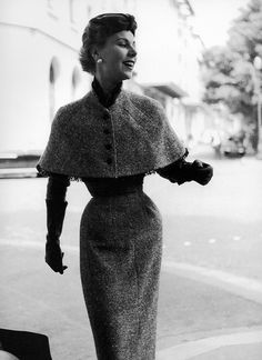 Stella is wearing slim tweed afternoon dress with short capelet by Jacques Fath, photo by Jacques Rouchon, 1953 Couture Vintage, Vintage Fashion 1950s, Vintage Mode, Retro Fashion, Club Fashion, Vintage Hats, Victorian Fashion, Fashion Fashion, Vintage Style