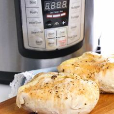 Instant Pot Chicken Breasts are an easy and healthy staple perfect for meal planning! Ready in about 20 minutes and only 1 gram carbs per serving! Kfc Seasoning Recipe, Kfc Chicken Recipe, Chicken Nugget Recipes, Chicken Seasoning, Fried Chicken, Rub Recipes, Smoker Recipes, Crockpot Recipes, Keto Recipes