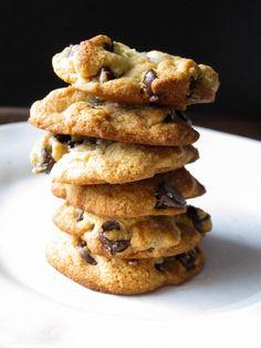 Super Simple Gluten-Free Chocolate Chip Cookies | saltedplains.com
