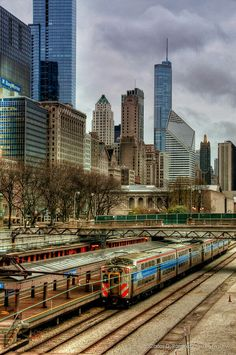 Chicago Architecture : Chicago,I would love to go see this place one day.Please check out my website th. Chicago Usa, Chicago City, Chicago Illinois, Milwaukee City, Chicago Hope, Chicago Skyline, Places To Travel, Places To See, Lago Michigan