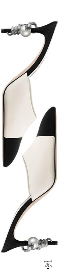 Rosamaria G Frangini | HighShoes | ShoeAddict | Chanel Mules | LOLO