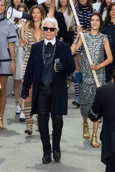 Chanel Spring 2015 RTW - Paris Fashion Week