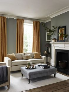 81 Classic Traditional Living Room Decor Ideas You Can Apply Living Room Decor Traditional, Living Room Modern, Living Room Interior, Home Living Room, Living Room Designs, Kitchen Interior, Grands Salons, Primark Home, Lounge Decor