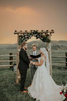 Wedding with wild fire clouds - literally!  www.cassandrafarleyphoto.com http://www.fashiondivaly.com/w4w