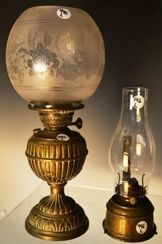 Creative Antique Brass C1885 French Pigeon Lamp Complete With Globe Other Collectible Lighting