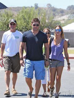 Jensen with parents and Danneel in LA