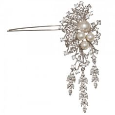 Dramatic and classic, this large drop crystal and pearl hair pin is exquisite - a fabulous wedding hair accessory for brides who adore vintage jewels