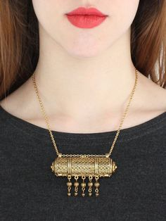 vintage 80s secret compartment necklace from clevernettle on Etsy, on sale for $41!