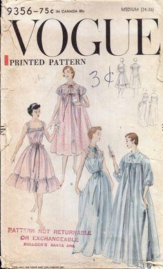 1950s Vintag Vogue 9356 Peignoir and Gown Set
