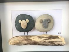 Stone Pictures Pebble Art, Stone Art, Sea Glass Crafts, Sea Glass Art, Stone Crafts, Rock Crafts, Pebble Art Family, Driftwood Crafts, Shell Art