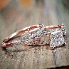 3.11 Ct Princess Cut Diamond Halo Twist Engagement Bridal Ring Set F, VS2 GIA #bridalrings #princesscutengagementring