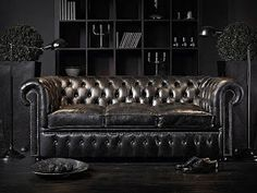 Oh My God!!Chester sofa in black decoration