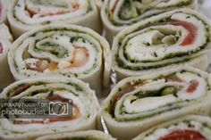 gevulde wraps caprese Healthy Snacks, Healthy Recipes, Wraps, Mcdonalds, Fresh Rolls, Cucumber, Sushi, Bbq, Food And Drink
