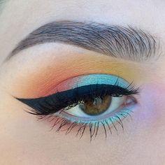 Kat Von D Beauty Mi Vida Loca Palette, NYX Cosmetics Prismatic Eyeshadow in merm. - new_make_up_pintennium Pretty Makeup, Love Makeup, Makeup Inspo, Makeup Art, Makeup Inspiration, Hair Makeup, Makeup Ideas, 80s Makeup, Witch Makeup