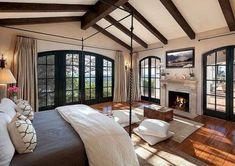 Romantic mediterranean master bedroom ideas (35)