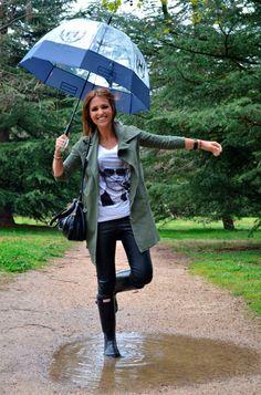Tras la pista de Paula Echevarría » Feliz bajo la lluvia
