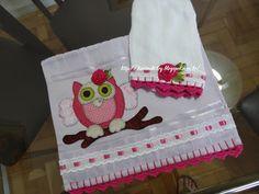 LOY HANDCRAFTS, TOWELS EMBROYDERED WITH SATIN RIBBON ROSES: Conjunto para Menina Rosa Pink e Lilás, com uma li...