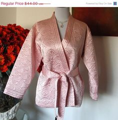 Oscar d la Renta Quiltted Pink Bed Jacket $37.40