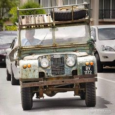Land Rover 86 Serie One. ALL twisted BUT WALKING