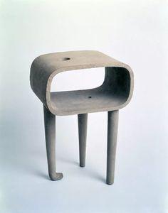 Isamu Noguchi, My Mu (Watashi no mu) Shigaraki ceramic. Noguchi Museum, New York. Isamu Noguchi, Concrete Design, Mid Century Modern Design, Graphic, American Art, Art Museum, Design Art, Furniture Design, Objects