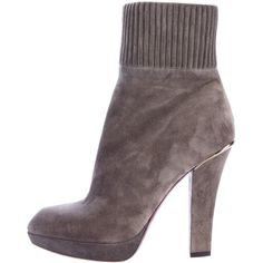 Pre-owned Louis Vuitton Platform Suede Ankle Boots ($350) ❤ liked on Polyvore featuring shoes, boots, ankle booties, grey, grey suede boots, suede ankle booties, gray suede booties, suede ankle boots and grey booties